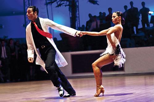 Tänzerische Darbietung im Bereich Paartanz