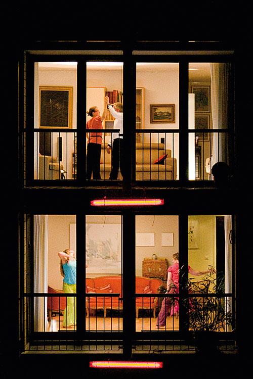 Ein Stadtrundgang der besonderen Art: Living Room Dancers.