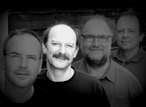 Morgen im Waldsee: Jubiläumsparty der Freiburger Rockband Offshore