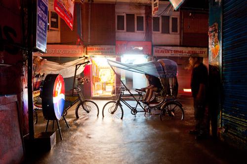 Monsun in Kathmandu. Foto: Andre Schumacher / laif