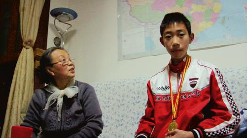 Qu Pei wird zu Spitzenleistungen getrieben. Viel Zeit für sich selbst bleibt da nicht.