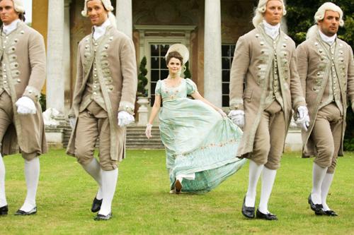 Jane (Keri Russell) bringt frischen Wind in die Jane-Austen-Gesellschaft.