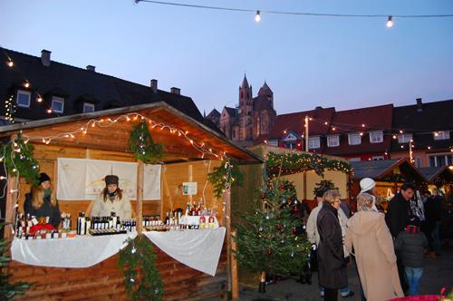 Bude auf dem Breisacher Weihnachtsmarkt