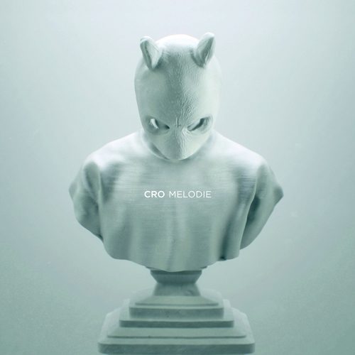 """""""Melodie"""" ist das zweite Album von Cro. Sein Output ist mit Mixtapes und Freetracks aber noch um einiges größer."""