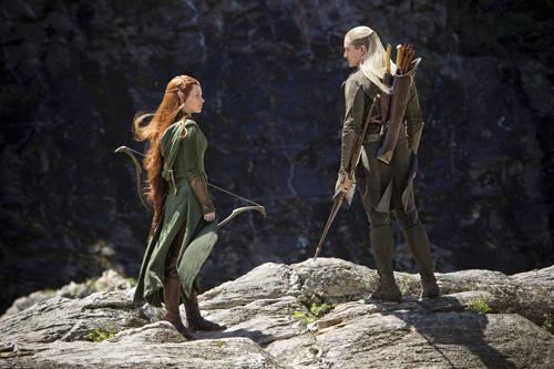 Tauriel (Evangeline Lilly) und Legolas (Orlando Bloom) müssen sich auf eine gemeinsame Strategie einigen.