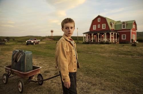 T.S. Pivet (Kyle Catlett) beschließt, alleine nach Washington zu fahren.