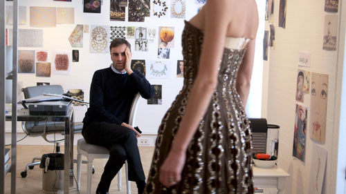 Raf Simons ist ein anspruchsvoller Designer - perfekt für Dior.