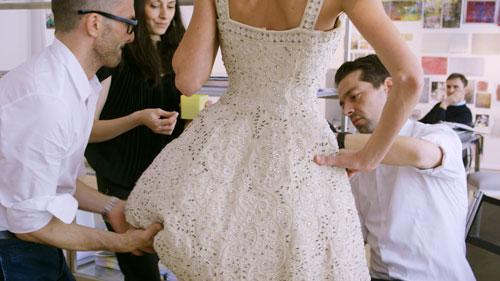 Handwerkskunst bei Dior: Bis in letzte Detail wird am Feinschliff gearbeitet.