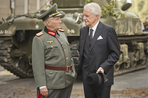 Wird General Choltitz (Niels Arestrup, links) auf Nordling (André Dussollier) hören?