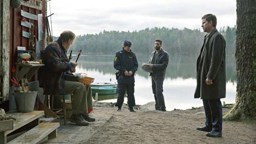 Typisch skandinavisch: Carl Mørck (Nikolaj Lie Kaas, rechts) und Assad (Fares Fares, zweiter von rechts) bekommen es bei ihren Ermittlungen mit verschrobenen Zeitgenossen zu tun.