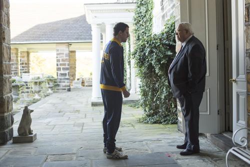 Mark (Channing Tatum, links) soll auf dem Anwesen der Du Ponts leben und trainieren.