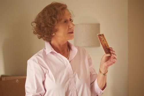 Mit kleinen Gesten macht Helen Mirren ihre Figur Maria Altmann erlebbar.