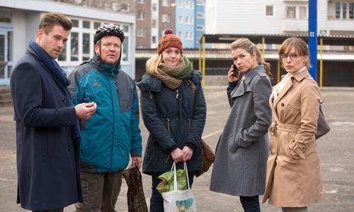 Mit diesen Eltern muss sich Frau Müller herumplagen (von links): Patrick (Ken Duken), Wolf (Justus von Dohnányi), Katja (Alwara Höfels), Jessica (Anke Engelke) und Marina (Mina Tander).