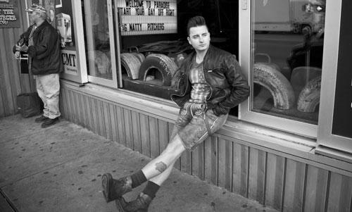 """Andreas Gabalier war in Nashville und sagt: """"Coole Sache, einmal selbst dort Songs aufnehmen zu dürfen, wo schon Elvis, Johnny Cash, Dolly Parton und Co. waren. So etwas sündhaft Teueres wäre früher nicht mal im Traum für mich denkbar gewesen."""""""
