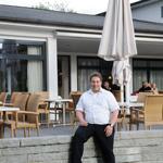 Erstes Restaurant am Platz: Nino Ebner geht mit viel Zuversicht in die erste Saison.