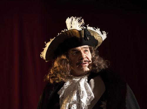 """Heinrich George (Götz George) spielt den """"Prinz von Homburg""""."""