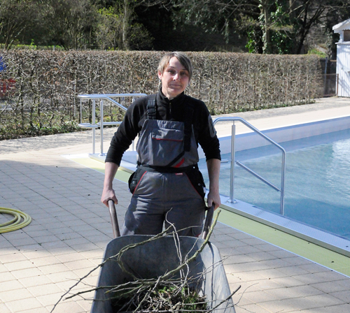 Bademeisterin Claudia Held