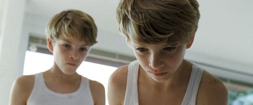 Die Zwillinge Lukas und Elias Schwarz improvisierten vor der Kamera. Im Film wirken sie sehr authentisch.