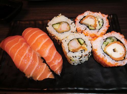 Wie viel Sushi geht an einem Abend?