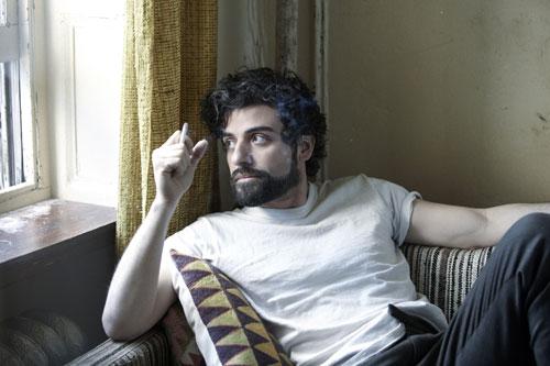 Eigentlich war Llewyn (Oscar Isaac) Teil eines Duos. Doch sein Partner hat sich umgebracht.