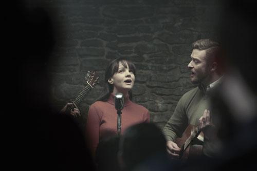 Jean (Carey Mulligan) und Jim (Justin Timberlake) harmonieren eigentlich nicht nur auf der Bühne.