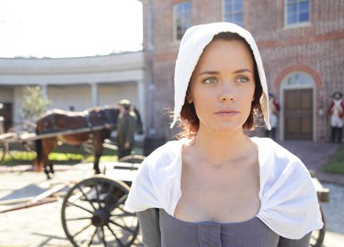 """Als Katrina erzählt Katia Winter in """"Sleepy Hollow"""" ein Stück amerikanische Frauengeschichte nach. Sie selbst würde als Frau immer die Gegenwart der Vergangenheit vorziehen."""