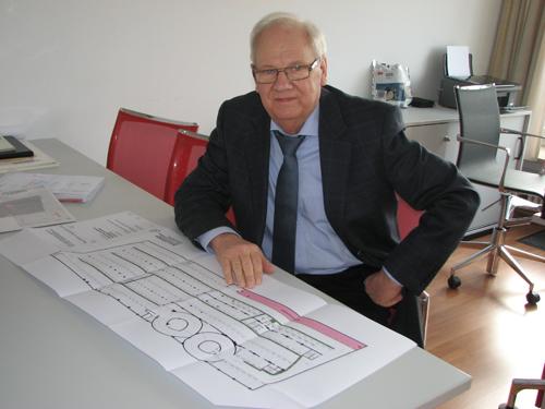 Geschäftsführer der Betriebsgesellschaft Karlsbau: Klaus Ch. Lampel