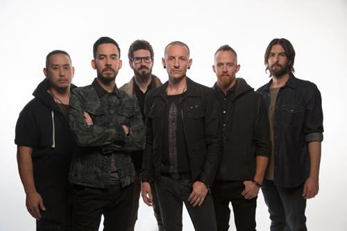 """""""Wir wollten mit diesem Album das Gleichgewicht in der Rockmusik wieder herstellen - mit Songs, die aggressiv, heavy und wütend sind"""": Linkin-Park-Gitarrist Mike Shinoda (zweiter von links) über """"The Hunting Party"""", das neue Album seiner Band."""