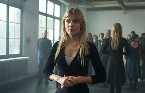 Szene mit Clémence Poésy.