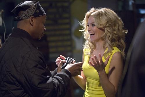 Im nächtlichen Los Angeles trifft Meghan (Elizabeth Banks) jede Menge schräge Typen.