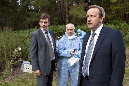 """Das neue Team rund um die britische Serie """"Inspector Barnaby"""" (von links): DS Ben Jones (Jason Hughes), Dr. Bullard (Barry Jackson) und DCI John Barnaby (Neil Dudgeon)."""