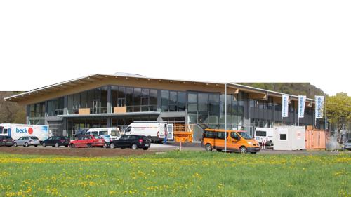 Wandres-Neubau: Formschöne Fabrik