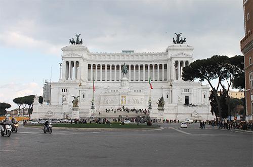 Piazza Venezia mit dem Viktor-Emanuel-Denkmal