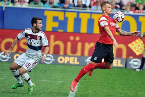 Der Erste, der weg war: Jonathan Schmid schnürt seine Kickschuhe künftig für die TSG Hoffenheim.