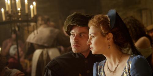 Was wissen Paul (Florian Bartholomäi) und Lucy (Josefine Preuß)?