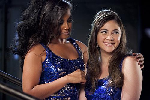 Szene mit Jessica Mauboy und Shari Sebbens.