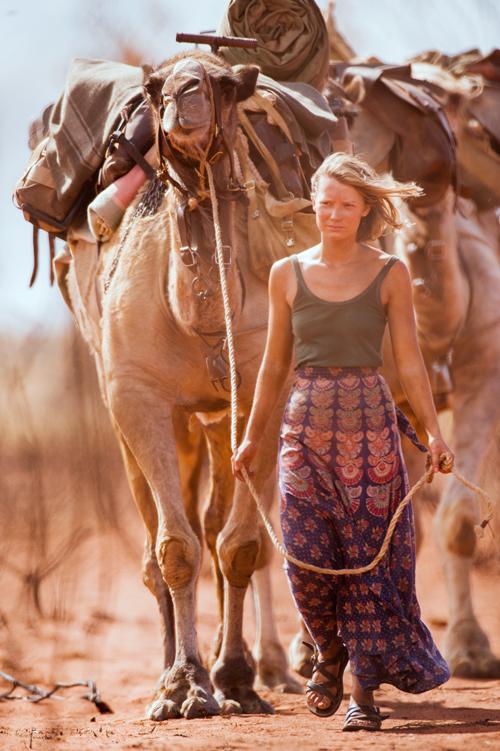 Robyn (Mia Wasikowska) hat einen starken Willen.