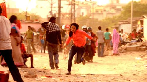 """""""Ich bin mir sicher, dass es viele positive Situationen, die ich in Indien erlebt habe, gar nicht gegeben hätte, hätte sich dieser Vorfall früher ereignet"""": Die negativen Schlagzeilen über Indien erreichten Stephanie Stumph erst nach Ende des Drehs."""
