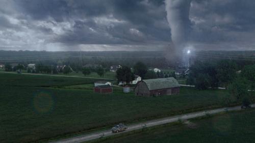 Es naht etwas Bedrohliches: Die kleinen Tornados sind nur Vorboten des kommenden Monstersturms.