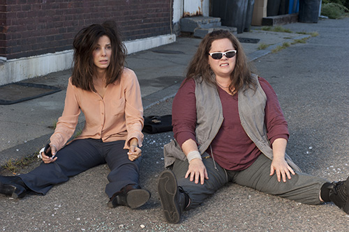 Szene mit Melissa McCarthy und Sandra Bullock.