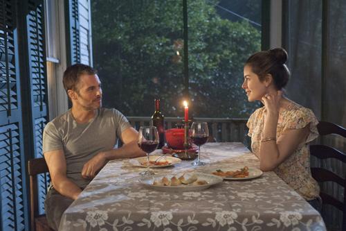 Alte Liebe schnell neu entflammt: Amanda (Michelle Monaghan) und Dawson (James Marsden) empfinden noch immer viel für einander.