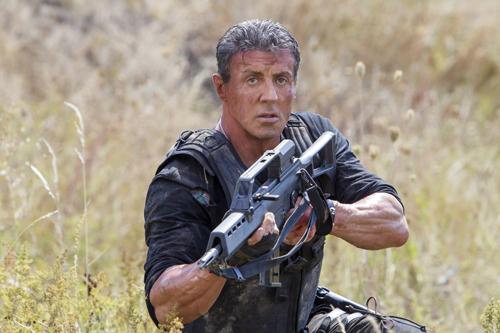 Barney Ross (Sylvester Stallone) macht Jagd auf einen ehemaligen Kollegen.