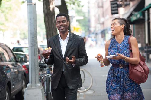 Andre Allen (Chris Rock) und die ihn begleitende Journalistin Chelsea Brown (Rosario Dawson) kommen erst gesprächs-, dann kussweise kaum voneinander los.