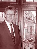 Uli-von-Kirchbach_rot_1