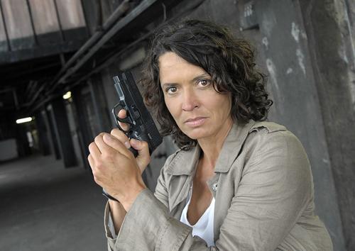 """Als sie das erste Mal ermittelte, gab es die DDR noch. Ulrike Folkerts begann als 27-Jährige beim """"Tatort"""". Heute ist die gebürtige Kasselanerin 53 Jahre alt."""
