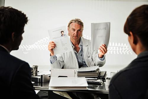 Viele Weggefährten von Matthias Schweighöfer haben kleine Auftritte in seinem neuen Film. Beispielsweise Detlev Buck als Chef der Samenbank.