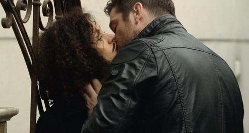 Lena (Maria Schrader) entdeckt mit dem völlig fremden Roman (Ronald Zehrfeld) ihre Sexualität neu.