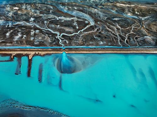 """Ob das Bild wohl richtig herum ist? Das Rätsel löst der Dokumentarfilm """"Watermark""""."""