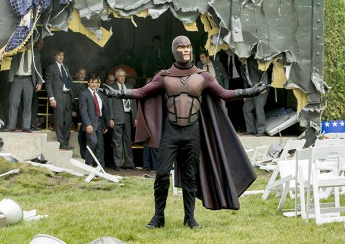 Magneto (Michael Fassbender) hat ganz eigene Pläne für die Polit-Prominenz der USA.