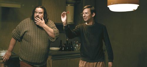 Als Paolo (Giuseppe Battiston, links) merkt, wie er mit Zoran (Rok Prasnikar) Geld machen kann, wendet sich das Blatt recht schnell.